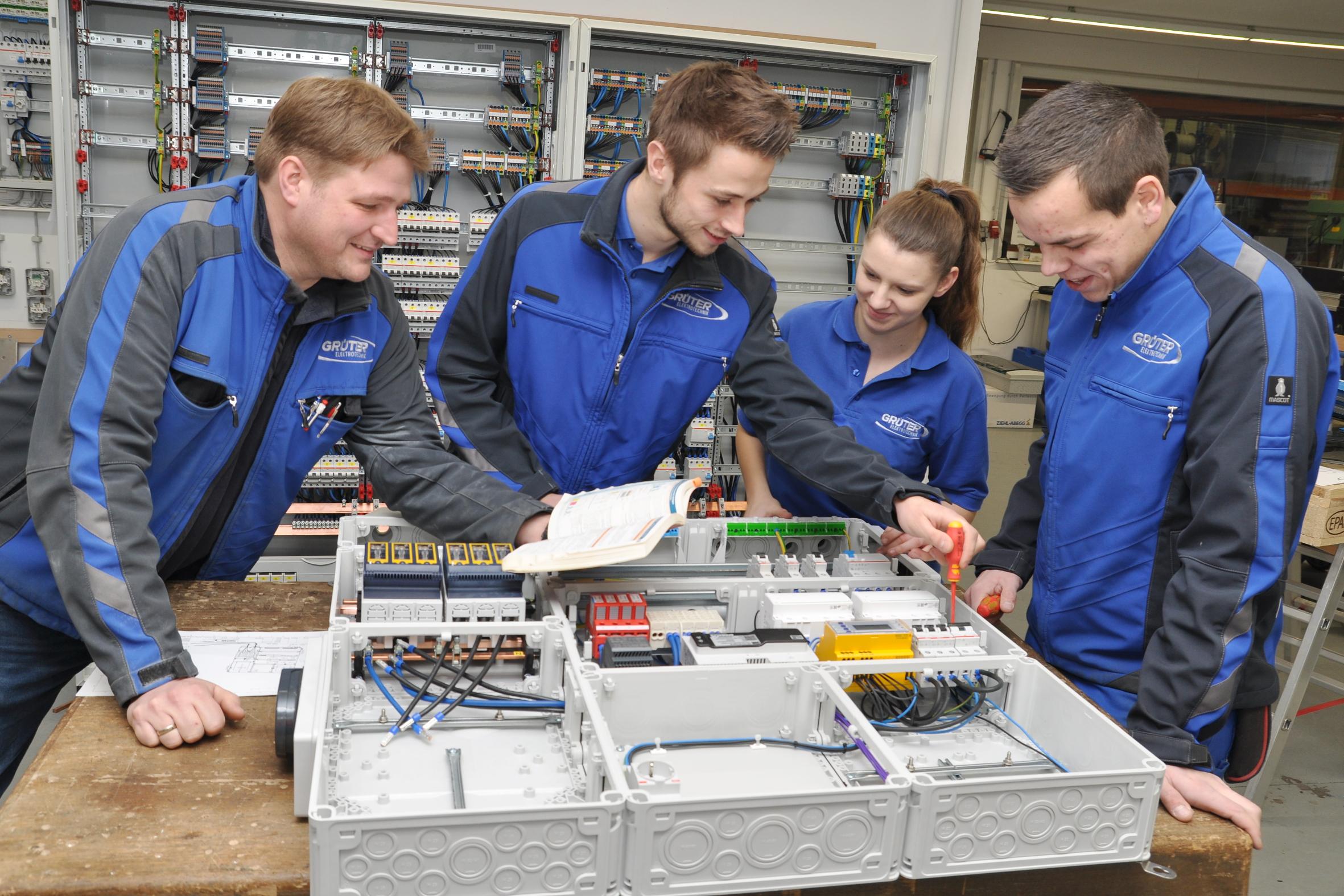 Ausbildungswerkstatt von Elektrotechnik Grüter in Neuenkirchen